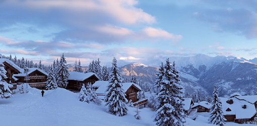 Courchevel-France-Ski-Resort-Luxury-Europe-great-view-French-Alps